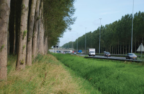Kijk op de Ruimtelijke Kwaliteit van Snelwegen - Foto van de autonome weg bij Boxtel (A2).