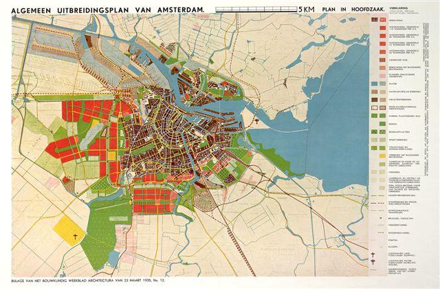 Kaart van het Algemeen Uitbreidingsplan te zien in de tentoonstelling Een Betere Stad.