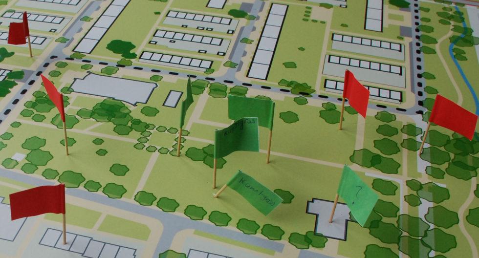 Afbeelding van ons bord met vlaggetjes. Deze ideeën hebben we ook meegenomen in de schetsen voor de Droomvlucht.