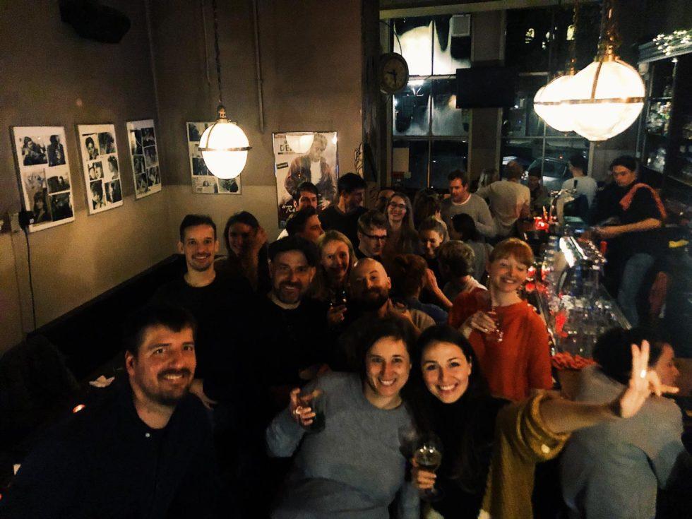 Foto in café Tabac met onze collega's van MUST Keulen